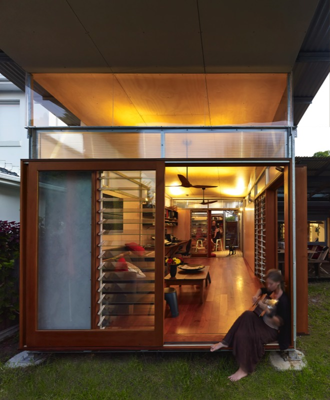 Mihaus Studio, a Modular Structure by Sue Harper